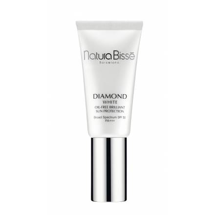 Diamond White SPF50 PA +++ OIL FREE BRILLIANT SUN PROTECTION